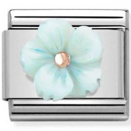 Maillon Nomination classic fleur en résine bleue ciel en Or rose